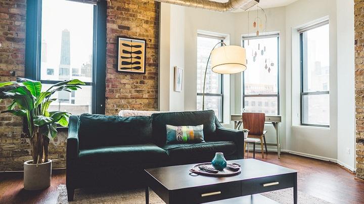 Haciendo una investigación puedes saber los precios medios de todo lo que desees cambiar del interior de la vivienda