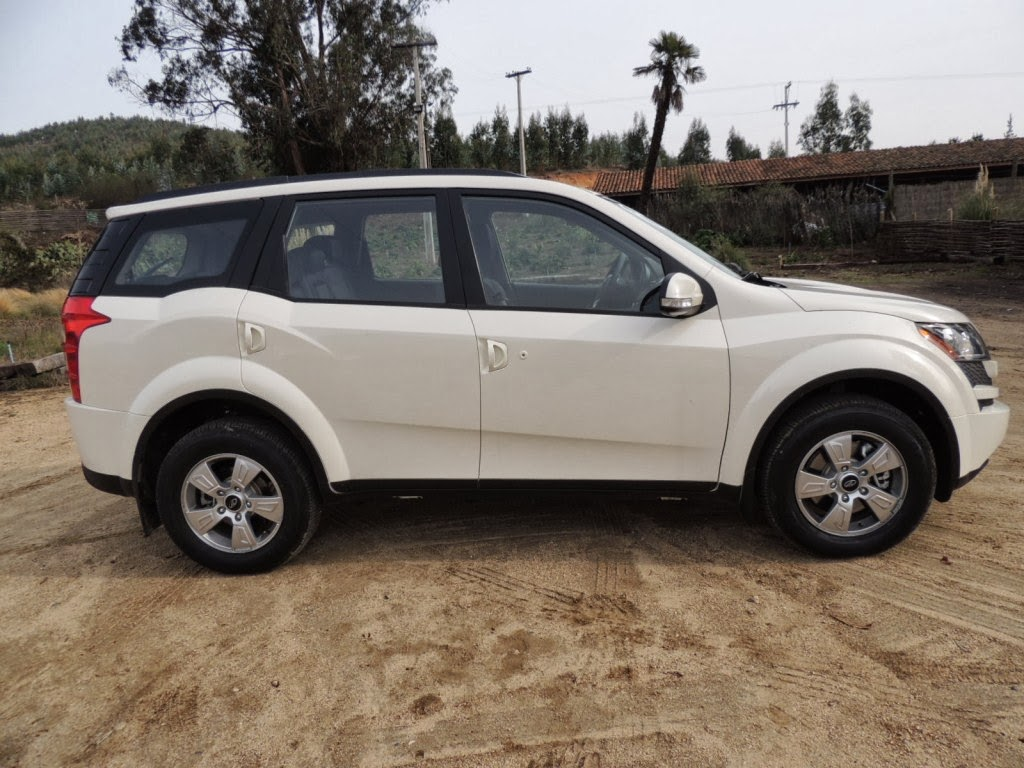 Mahindra Xuv 500 Wallpaper Hd In White 2014 Mahindra Xuv 500 Pictures For India Specification