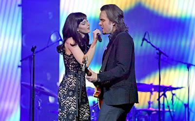 Aubrey Peeples y Jonathan Jackson en Nashville