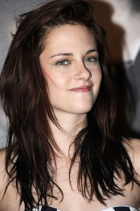 Kristen Stewart Looks So Hot
