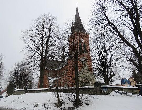 kościół parafialny pw. Przenajświętszej Trójcy w Jordanowie.