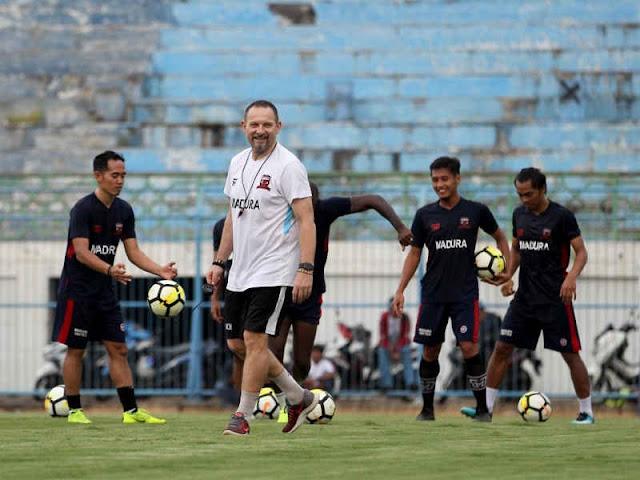 Madura United Fokus Penyelesaian Akhir Lawan Sriwijaya FC