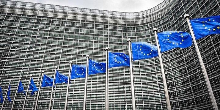 Ε.Ε.: Μέρος της συμφωνίας του 2018 ο στόχος του 3,5%