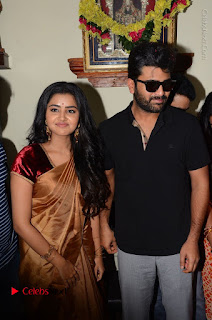Shatamanam Bhavati Team at Sandhya Theater  0038.JPG