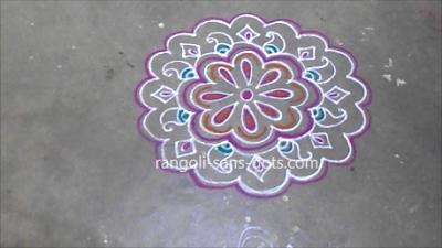 Small-rangoli-kolam-for-Pongal-2612a.jpg