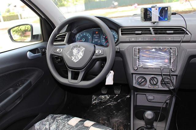 Novo VW Voyage 2019 - painel