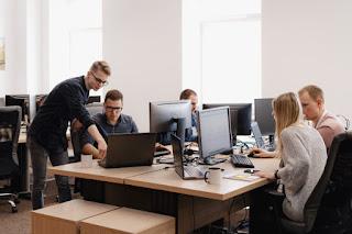 Tips Kembalikan Semangat Kerja Setelah Long Weekend Versi Kaum Rebahan ID