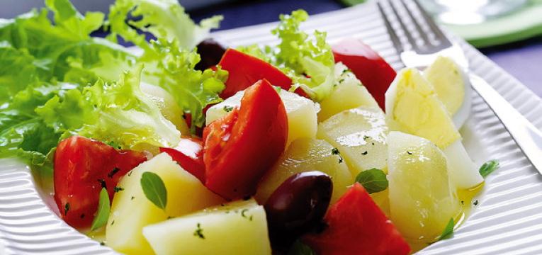 Salada de Batata com Alface
