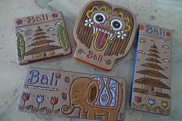 souvenir bali indonesia
