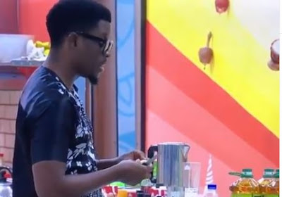 "#BBNaija: ""I Will Make You Get A Strike""  - Seyi Boast During Fight With Tacha (VIDEO)"