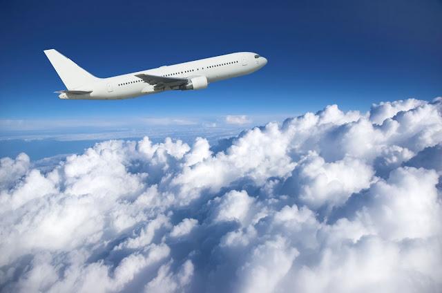 Tempo de avião até Toronto