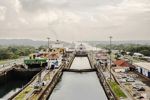 اقفال قناة بنما