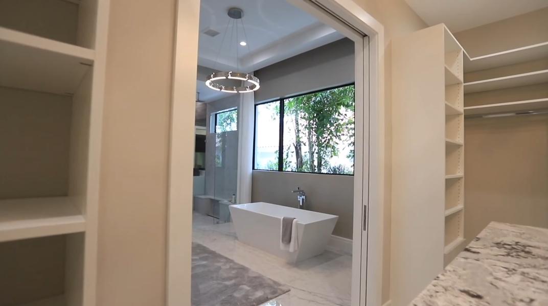 32 Photos vs. Tour 17689 Scarsdale Way, Boca Raton, FL Luxury Home Interior Design