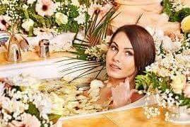 حمام بخار الشعر وفوائده السحرية