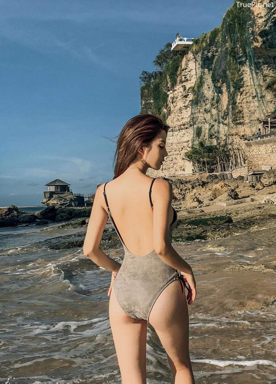 Korean fashion model Lee Chae Eun - Push Monokini - Picture 7
