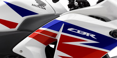 Tampilan Honda CBR 250R Tricolor Terbaru