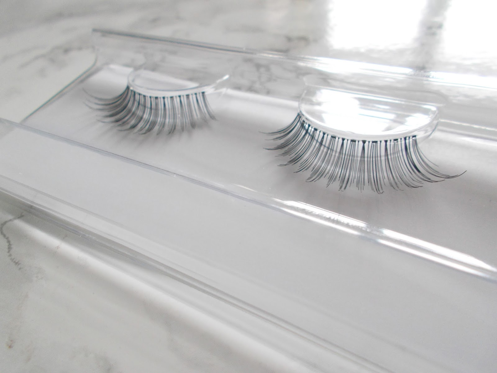 false lashes by samantha faiers oh so natural review
