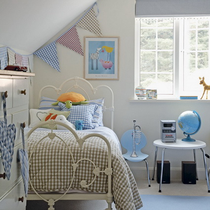 Pennants in children's bedrooms 5