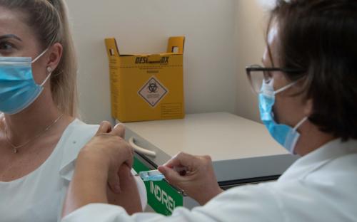 Vacina da gripe está disponível nas unidades básicas de saúde
