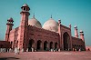 Explore the beauty of Badshahi Mosque - Explore Pakistan