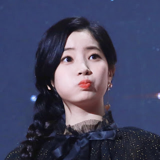 Foto Cute Dahyun Gaon Chart Music Awards 2018