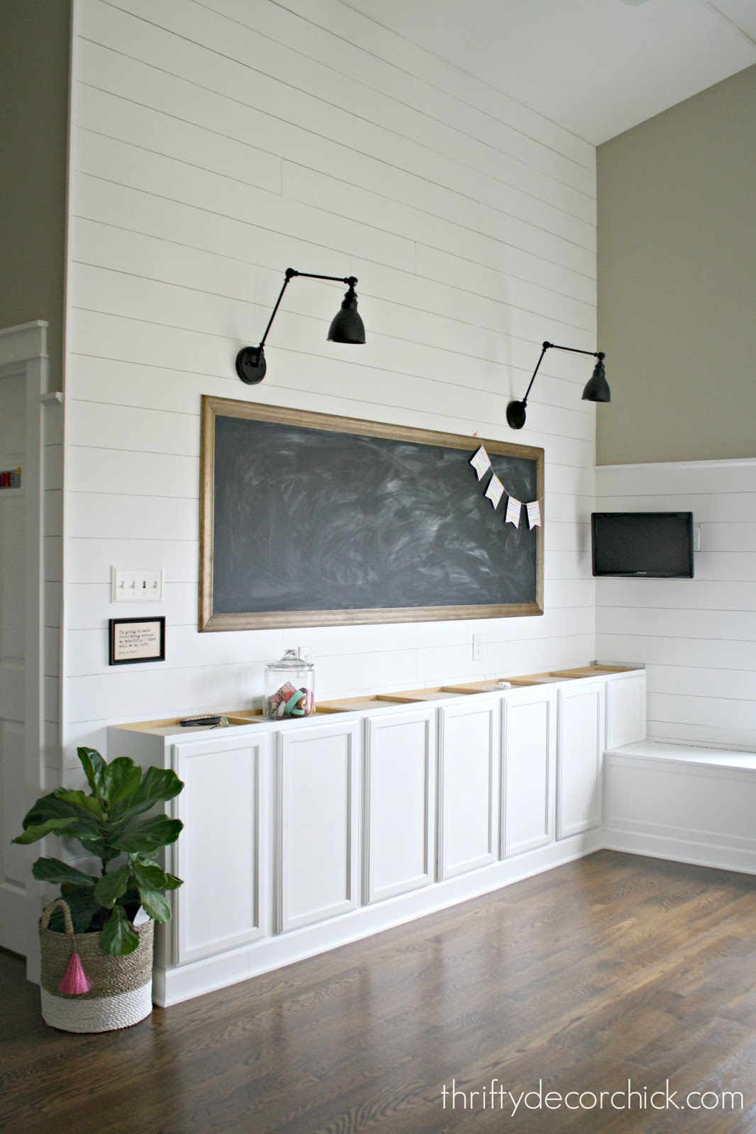 How To Make A Giant Diy Chalkboard From Thrifty Decor Chick
