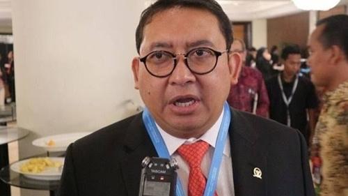 Suara Lantang Pengamat Skakmat Fadli Zon, Seret Nama Prabowo