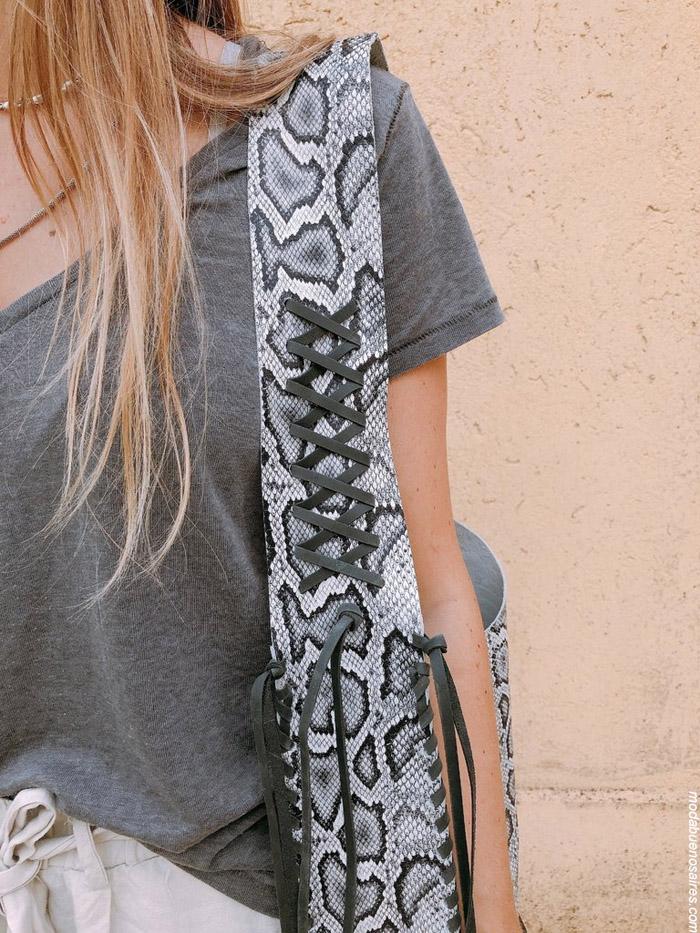 Carteras de cuero aniaml print snake moda invierno 2019. Carteras de cuero 2019.