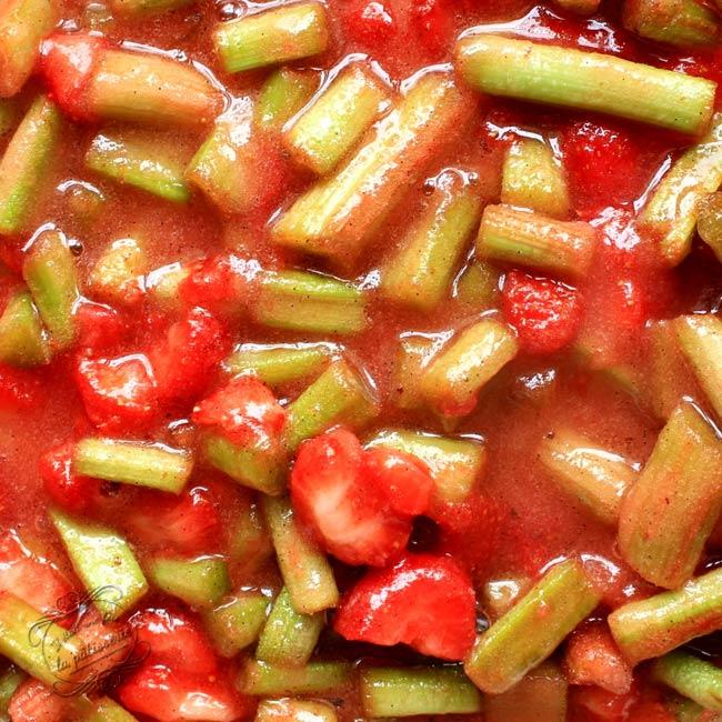 confiture de fraise avec un autre fruit
