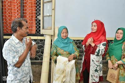 Dekranasda Belitung Timur Tertarik Belajar Batik Pewarnaan Alam dengan Trenggalek