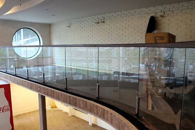 Insane atrium glazing