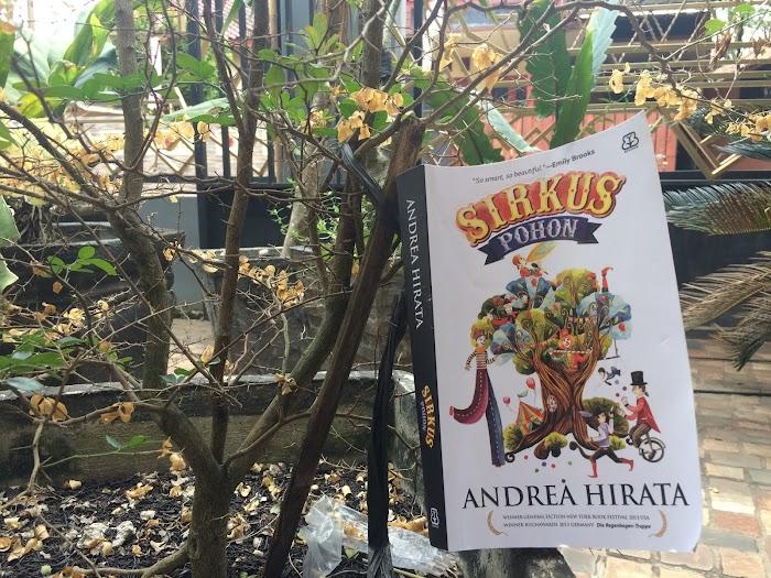Sirkus Pohon; Humanisme dan Badut Politik  Di Antara Ritme yang Gagal