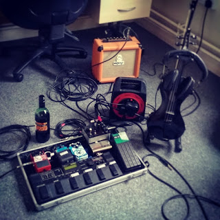 Pedal board and violin