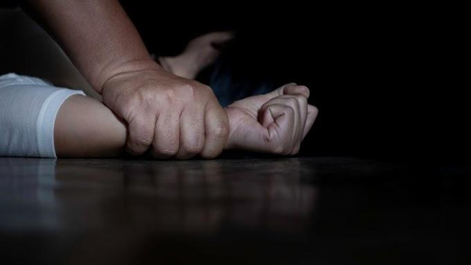 Menina de 13 anos estuprada pelo pai pede socorro pela internet e homem é preso