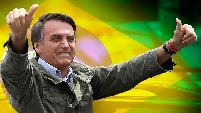 Bolsonaro e apoiadores | Pleno.News