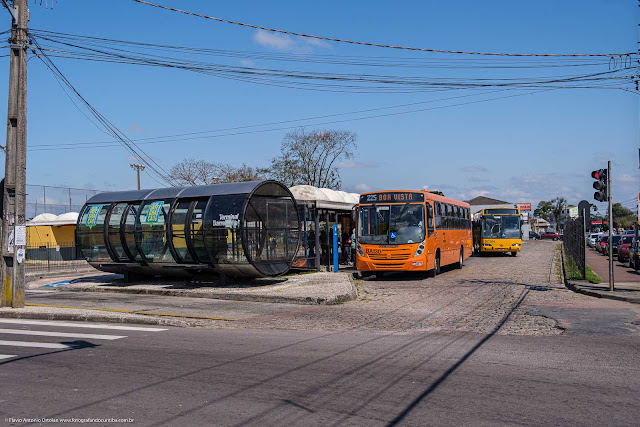 Terminal de ônibus urbano na Barreinha, Curitiba