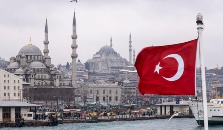 Turquía prohíbe misioneros