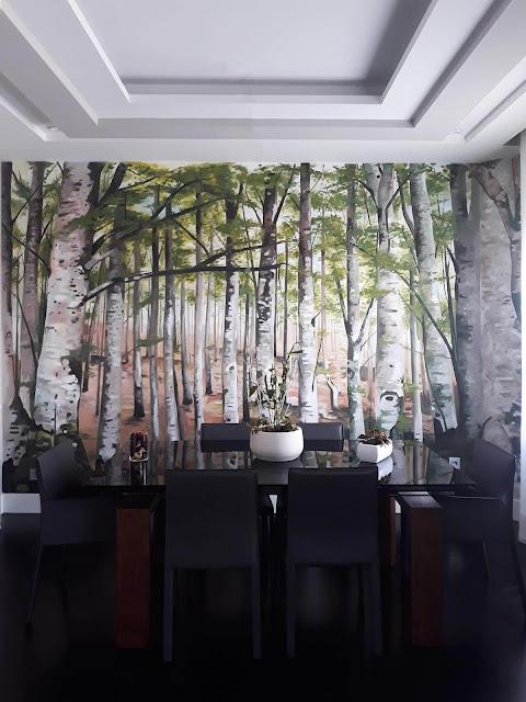 Graffiti mural salón árboles