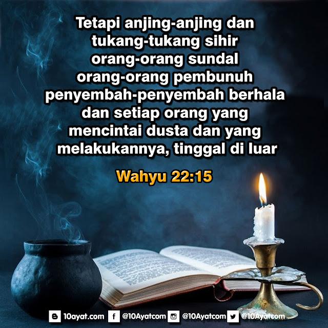 Wahyu 22:15