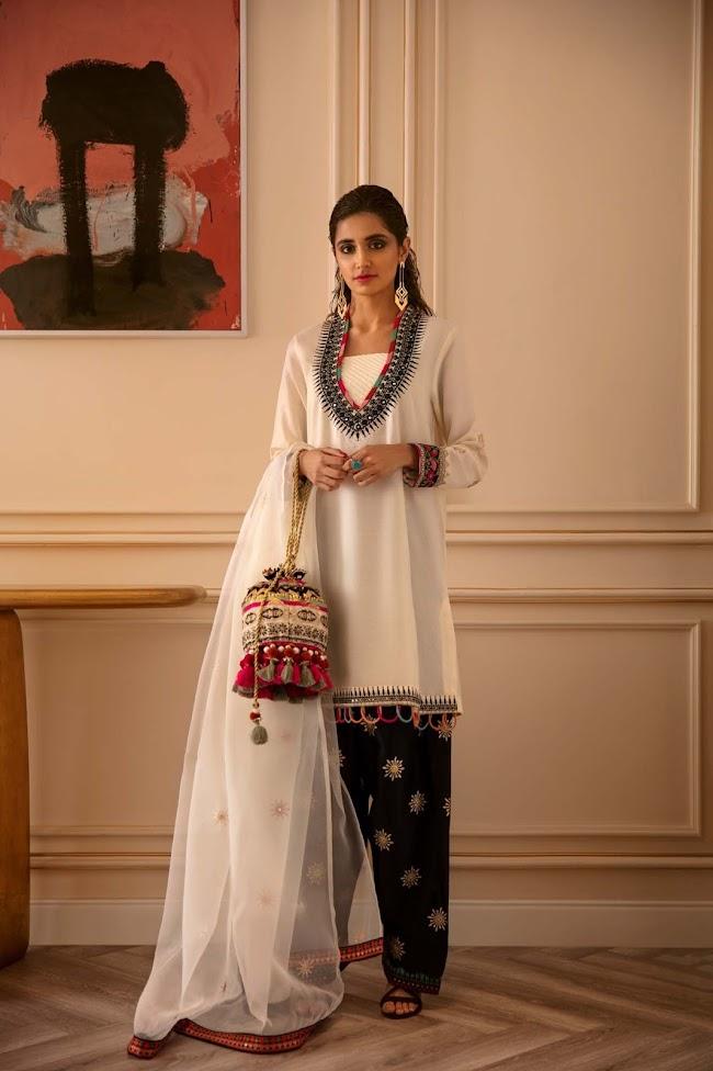 Ethnic White Viscose Suit