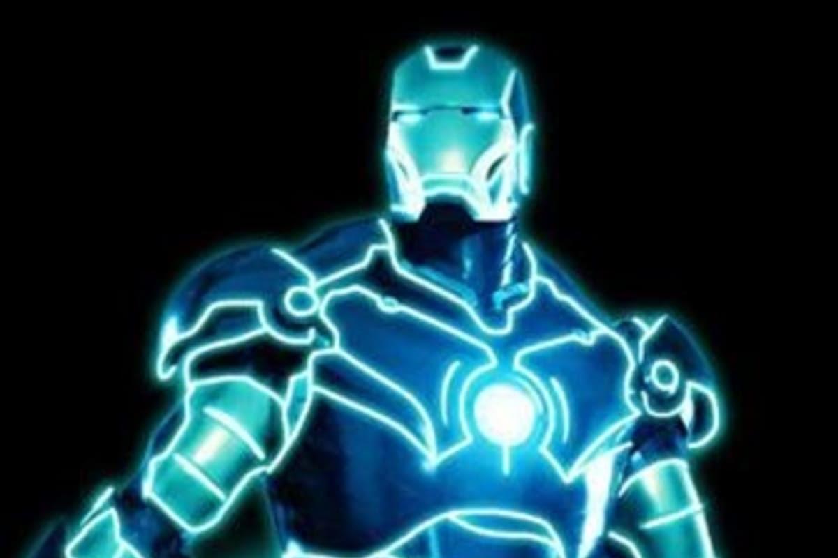 """Tron Man : アイアンマン(Iron Man)の """" I """" を """" T """" に変えたら、トロンマン ! !"""