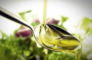10 Minyak Alami Ini Berkhasiat Mencegah Penuaan Dini