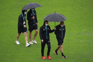 rain-wash-out-first-day-match