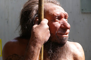To Neandertalczyk, czy może raczej postępowa Noblistka?