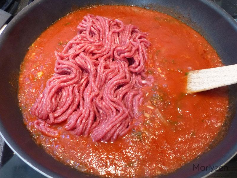 Ajoutez la viande hachée.