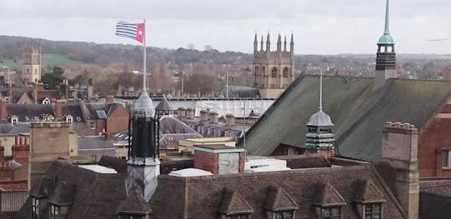 Lagi, Bendera Bintang Kejora Berkibar di Balai Kota Oxford