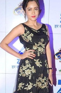 Aasiya kazi age, wiki, biography