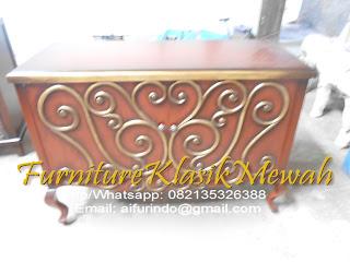 kabinet-furniture klasik mewah,