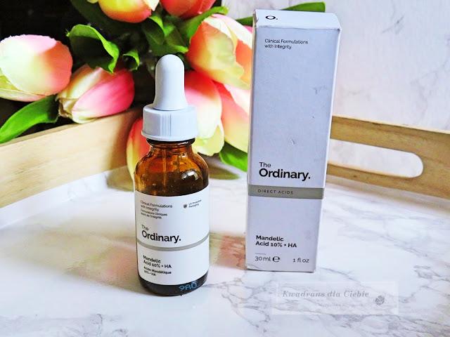 The Ordinary Mandelic Acid 10% + HA, The Ordinary Mandelic Acid 10% + HA - peeling z kwasem migdałowym i hialuronowym, kwas migdałowy, kwas hialuronowy, złuszczanie skóry, rozjaśnianie przebarwień, skóra wrażliwa, The Ordinary, kosmetyki The Ordinary, Kwadrans dla Ciebie, zabiegi kwasami, kosmetyki z kwasami,