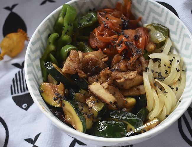 Bowl de cerdo y verduras